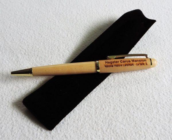 light-maple-pen