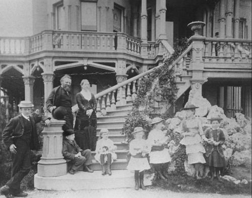 Carus family on steps